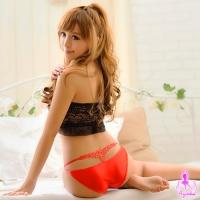 【AYOKA】俏麗柔情!美臀造型內褲(紅)(NA13010038-1)